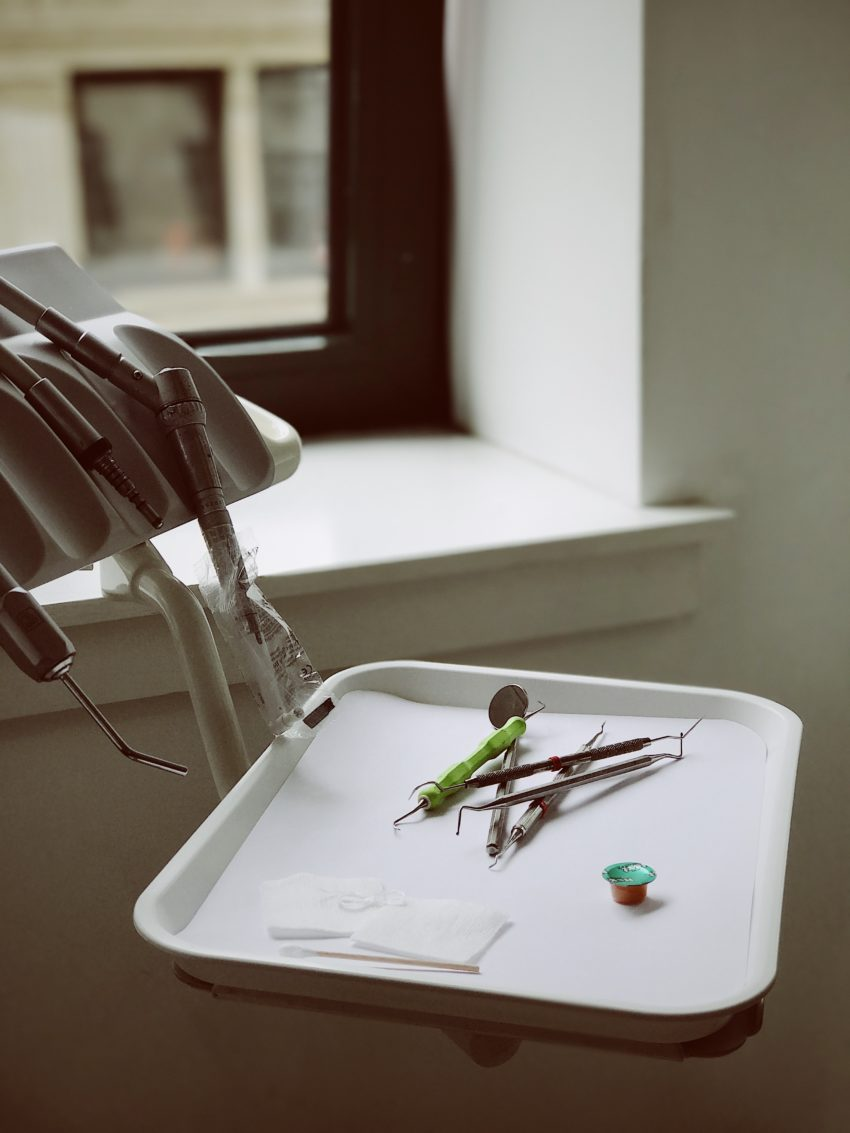 Invisalign zobni aparat cena